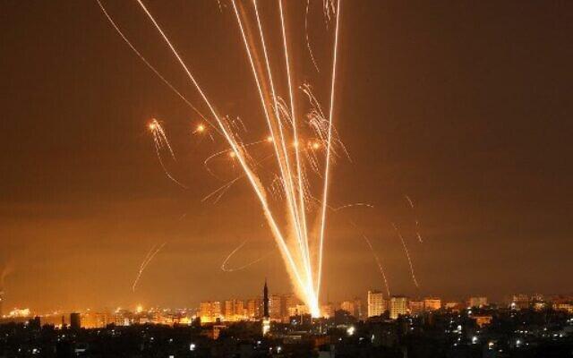 Sky-over-Israel—Iron-Dome-against-Hamas-rockets-[Photos]-4