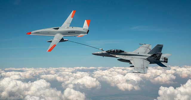 American F-18 fighter received fuel in the air from a drone