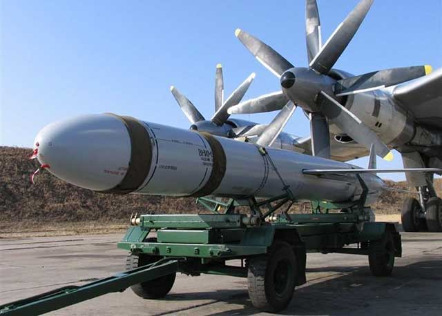 Top-5-of-the-best-and-deadliest-Russian-cruise-missiles-kh-55-cruise-missile