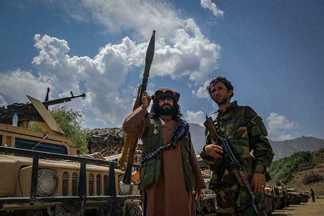 Air-corridor-from-Tajikistan-supplies-weapons-to-the-anti-Taliban-resistance