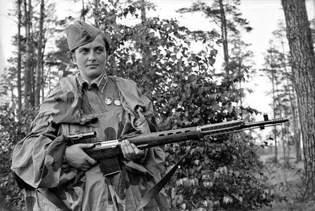 Top-5-of-the-most-famous-snipers-in-history-Lyudmila-Pavlichenko