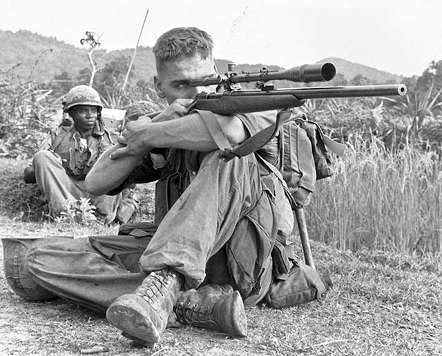 Top-5-of-the-most-famous-snipers-in-history-carlos-hathckok