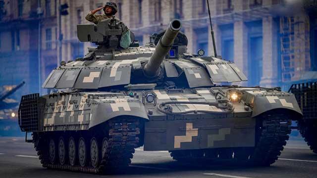Ukraine showed its first T-64BM2 modernized tanks