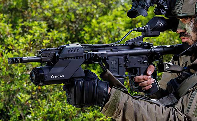 ARCAS-assault-rifle-has-an-AI-and-interacts-with-everything-[video]